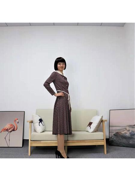 靓漫蒂女装品牌2021春夏韩版俏皮连衣裙