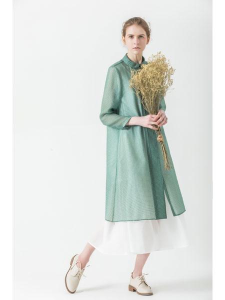 庄玛女装品牌2021春夏长袖绿色棉麻