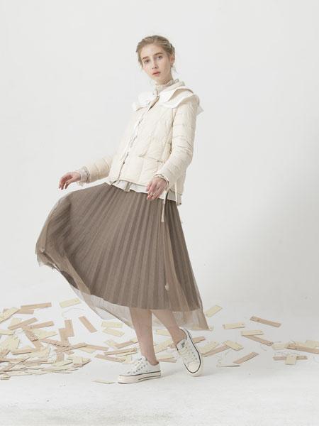 庄玛女装品牌彩38平台羽绒服长袖白色
