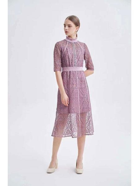 红凯贝尔女装品牌2021春夏紫色文艺范连衣裙