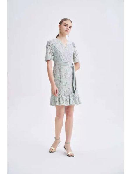 红凯贝尔女装品牌2021春夏文艺范街头范连衣裙