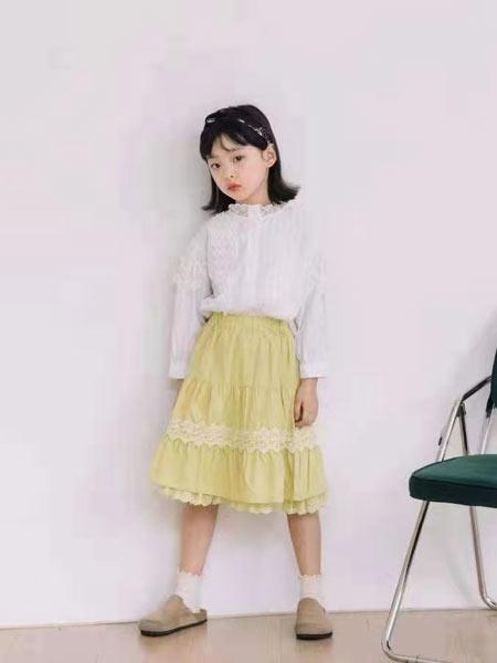 小嗨皮童装品牌2021春夏花边裙