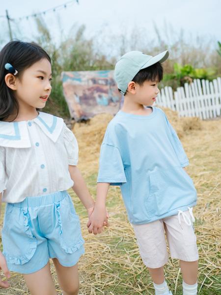 KISSABC童装品牌2021春夏蓝色排扣装