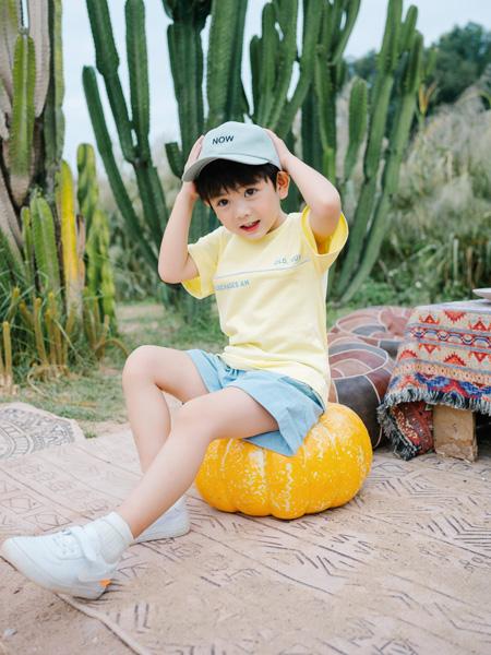 KISSABC童装品牌2021春夏黄色沙滩