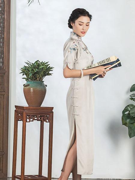盖世红颜2021春季新款旗袍真丝刺绣长款熟女复古小连袖旗袍裙礼服