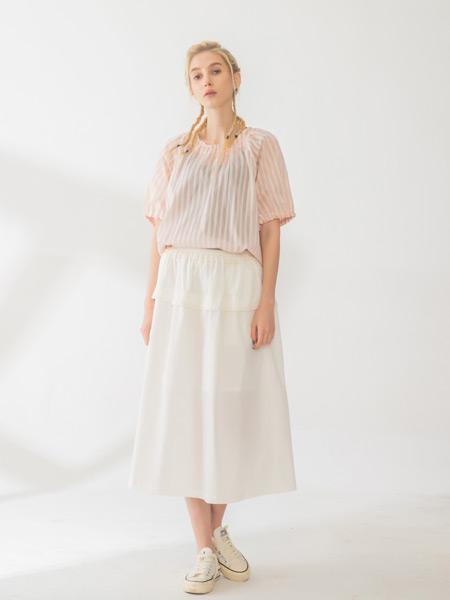 庄玛女装品牌彩38平台2021春夏条纹宽松套裙