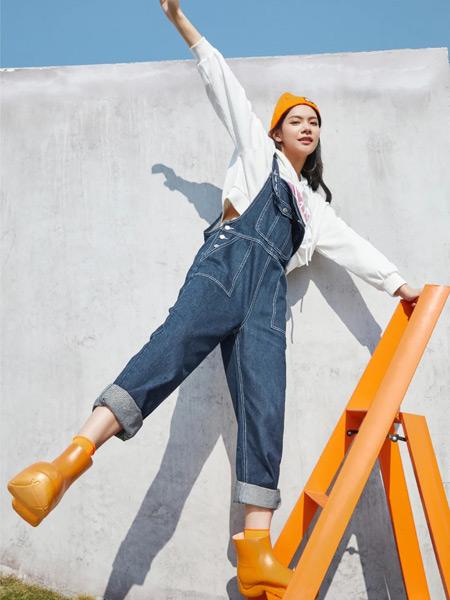 麦寻女装品牌2021春夏蓝色吊带裤