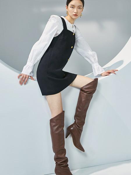 �W�r力女�b品牌2021春夏�r尚俏皮�B衣裙