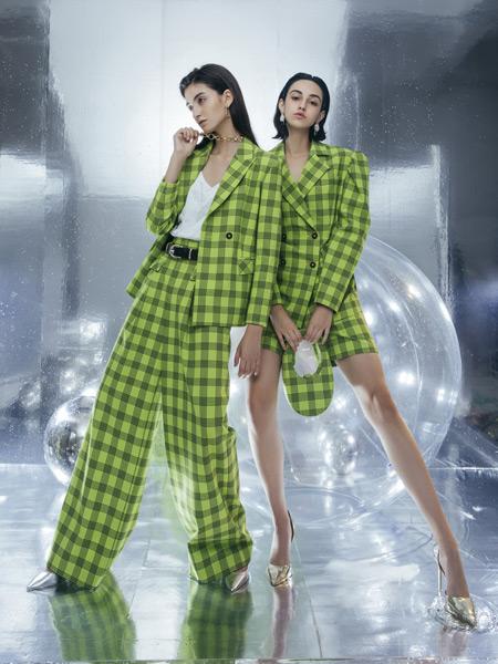 Tony&tony's女装品牌2021春夏绿色格子西装套