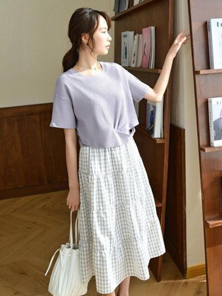EMIVA艾蜜唯娅女装品牌2021春夏短袖紫色上衣