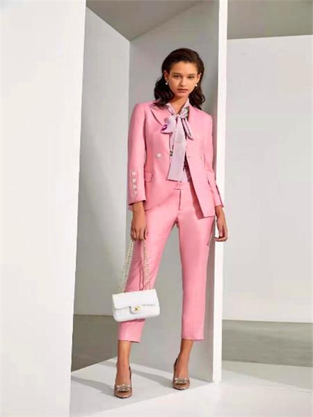IF.UFLH女装品牌2021春夏粉色西装套