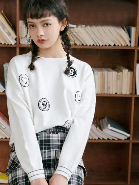 香蕉宝贝女装品牌2021春夏简约上衣
