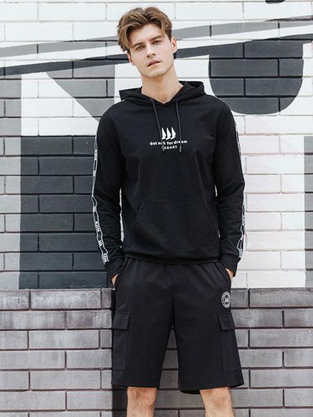 卡度尼男装品牌2021春夏黑色连帽卫衣