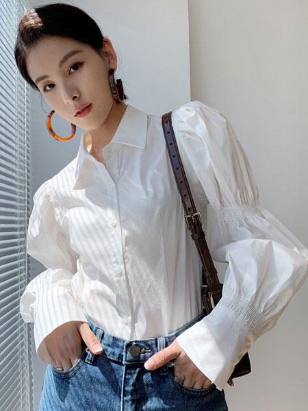 珂希莉女装品牌2021春夏纯色宽松袖衬衫