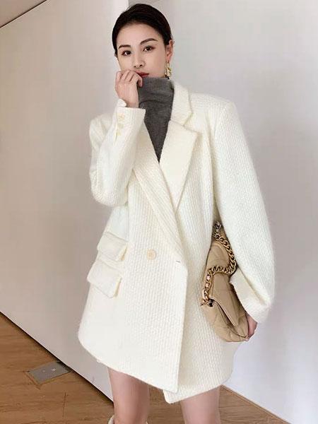 珂希莉女装品牌2021春夏米色毛呢外套