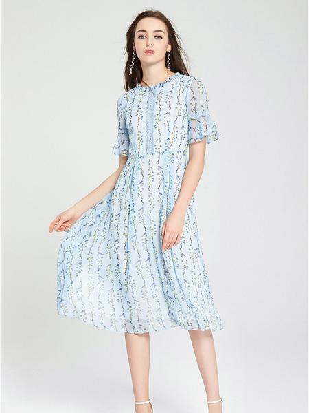 愛弗瑞女裝品牌2021春夏藍色森系連衣裙