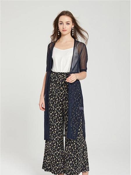 愛弗瑞女裝品牌2021春夏黑色透明外套