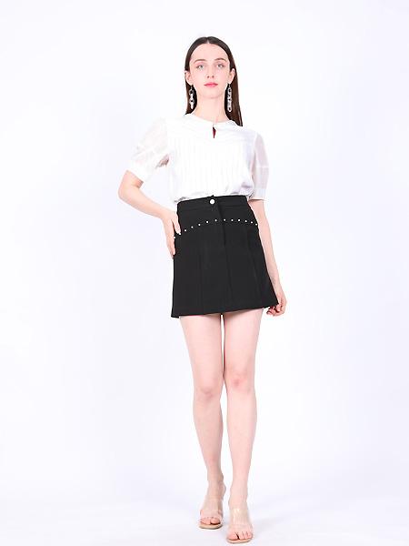 SASLAX莎斯莱思女装品牌2021夏包臀显高裙