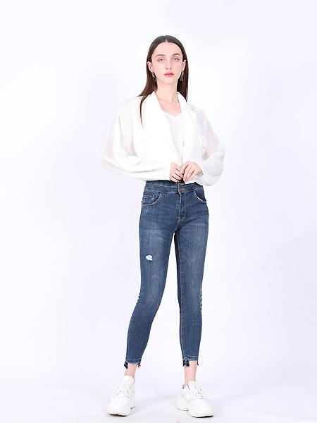 SASLAX莎斯莱思女装品牌2021夏白色休闲外衣