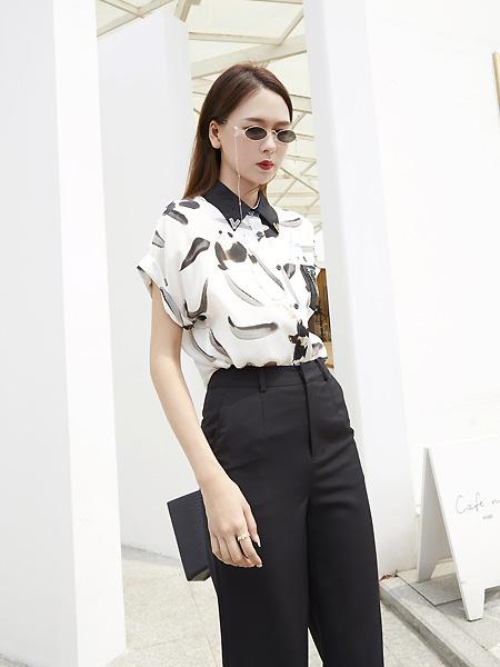 E+vonuol我的私人衣橱女装品牌2021夏印花翻领衬衫