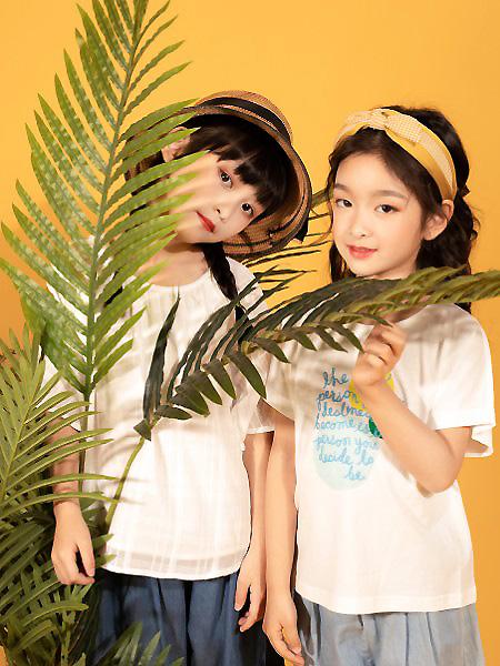 棉绘童装品牌2021春夏印字母T恤