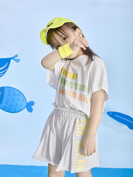 宝贝传奇童装品牌2021春夏印字母宽松套装