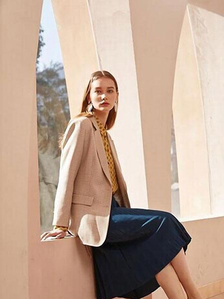 Keine Siege女装品牌2021夏季西装外套
