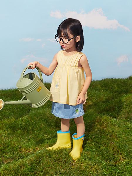 小猪班纳童装品牌2021夏季可爱裙式上衣