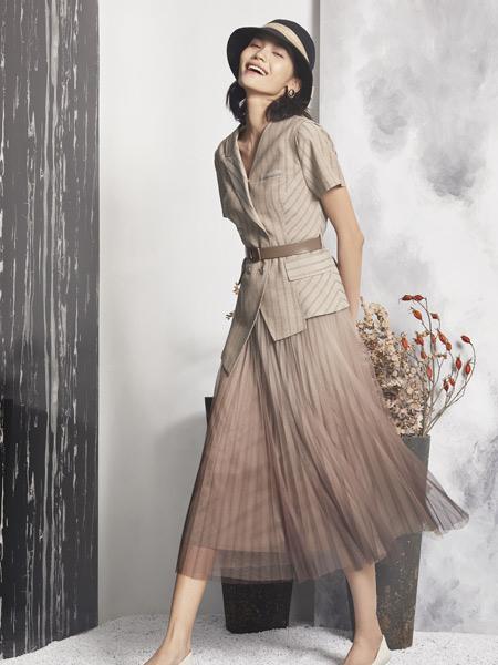 弗蔻Fu Kou女装品牌2021夏季时尚西装外套