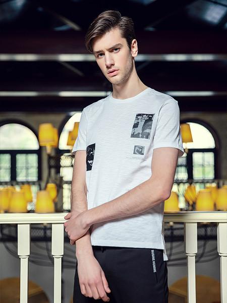 步西尼男装品牌2021夏季帅气白色T恤