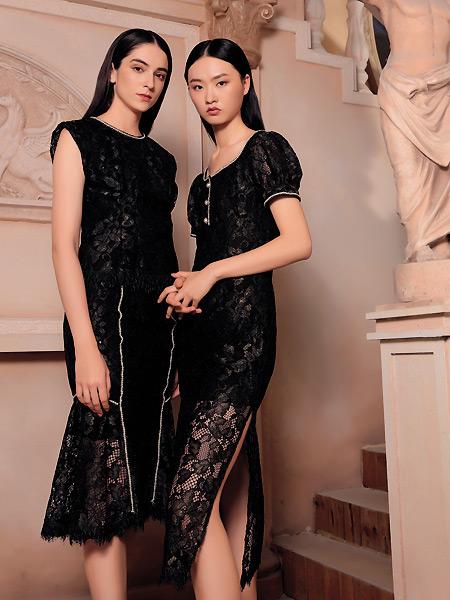 纽方女装品牌2021夏季蕾丝镂空性感改良旗袍