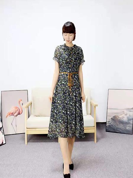 靓漫蒂女装品牌2021夏季微褶短袖长裙