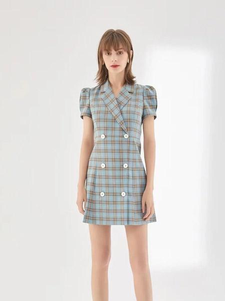 妍帛女装品牌2021夏季格子西装短裙