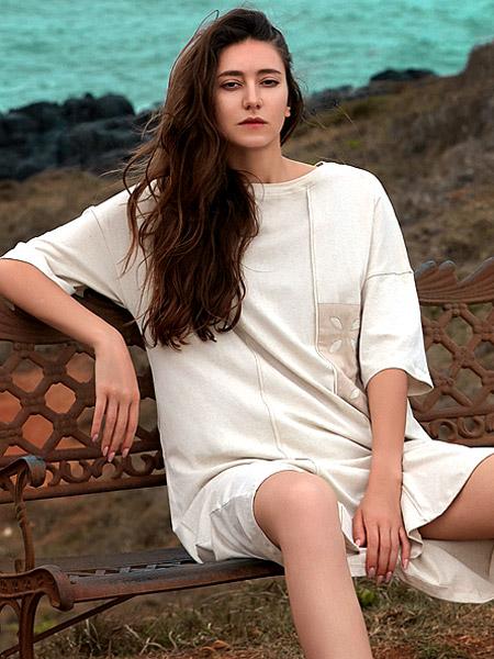 氏伽女裝品牌2021夏季慵懶歐美風連衣裙