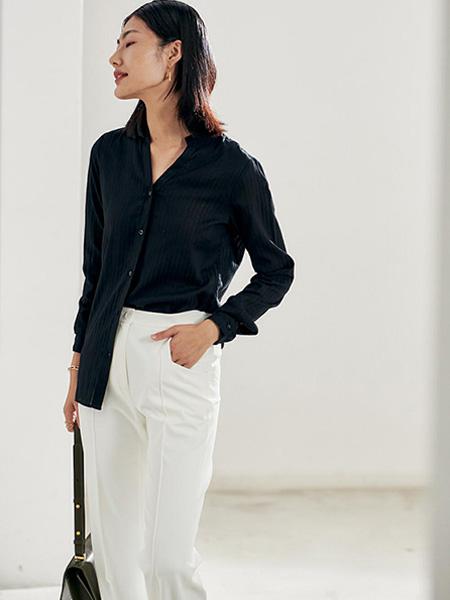 埃沃定制女装品牌2021春夏黑色显瘦衬衣