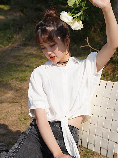 薇薇希女装品牌2021夏季短装小众设计感白色衬衣