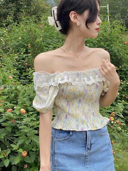 简诣女装品牌2021夏季一字肩小清新碎花时尚上衣