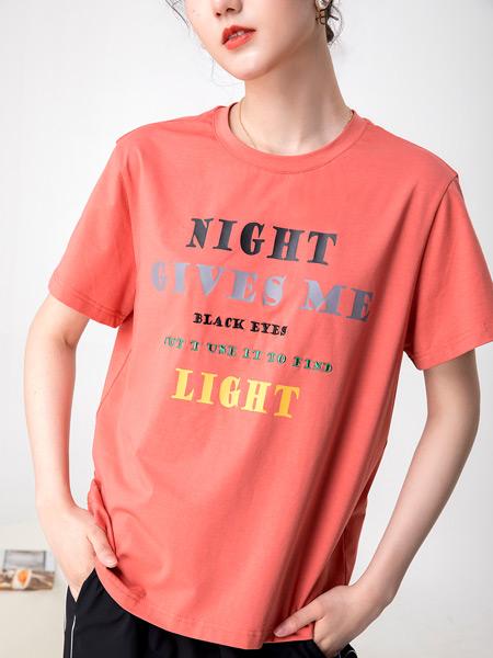 2021夏季印字母时尚T恤
