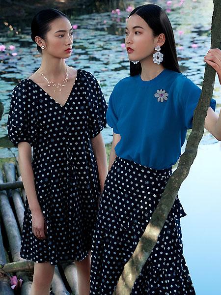 2021夏季女珠片�C花�A�I短袖��衫