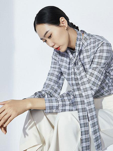 微奢零度女装品牌2021夏季高支棉免熨烫立领飘带长袖衬衫宽松版威尔士格纹