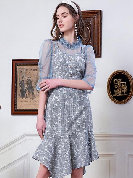 斐格思女装品牌2021夏季吊带连衣裙两件套套装女网纱小衫不规则格子裙