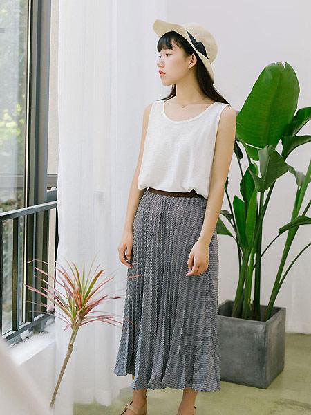 MUZE 沐沢女装品牌2021春夏无袖宽松上衣