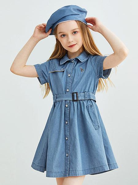 哈吉斯童装品牌2021夏季俏皮可爱排扣牛仔连衣裙