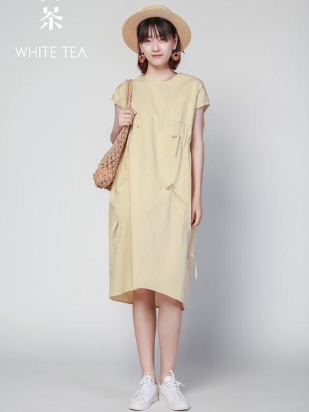 白茶女装品牌2021夏季日系收腰连衣裙