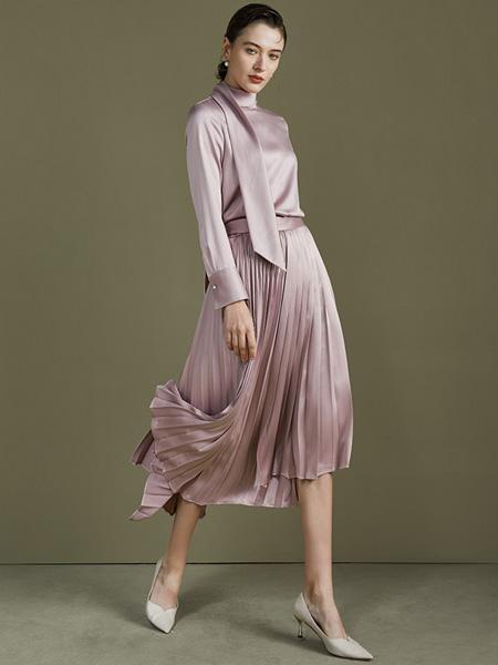 TieForHer女装品牌2021夏季法式心机约会女装气质显瘦收腰