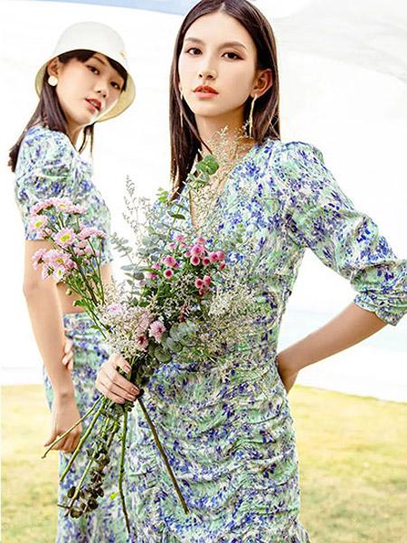 ANOTHER ONE女裝品牌2021夏季新款日系日系碎花連體衣裙子