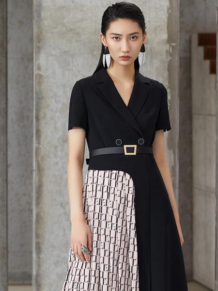 LAI睐女装品牌2021夏季新款V领黑色拼接时尚显瘦连衣裙