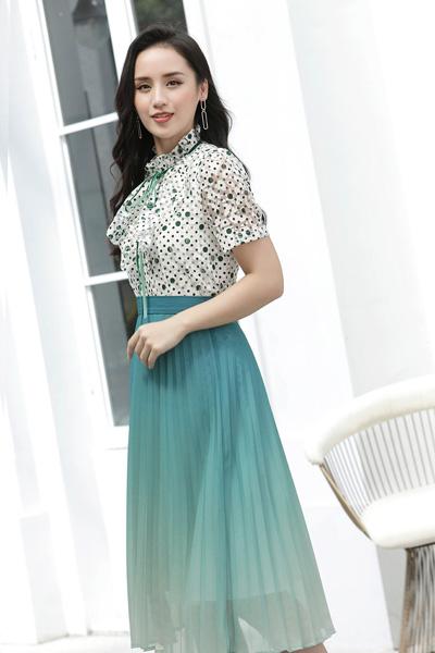 赫梵茜女装品牌2021春夏两件套波点短衬衫宽松休闲半身裙