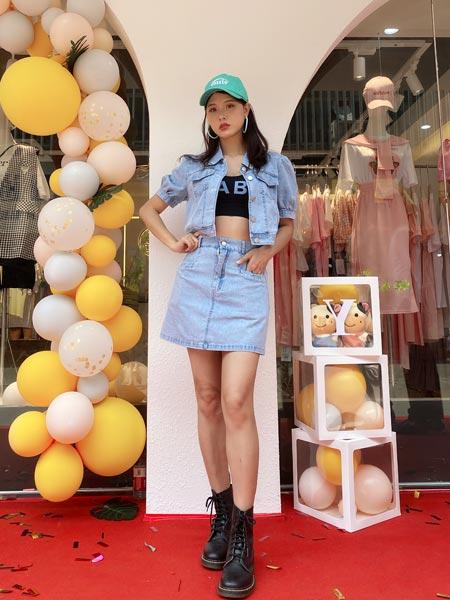 瑶丫头女装品牌2021夏季女短款衬衣短裙洋气时尚套装裙