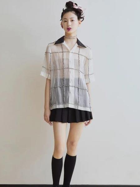 MARCH女装品牌2021春夏格子短袖衬衫
